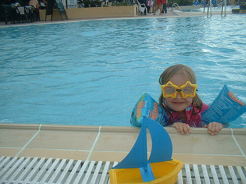 best kids swimming goggles